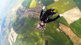 Majstrovstvá Slovenska v pilotovaní vysokorýchlostných padákov v Očovej