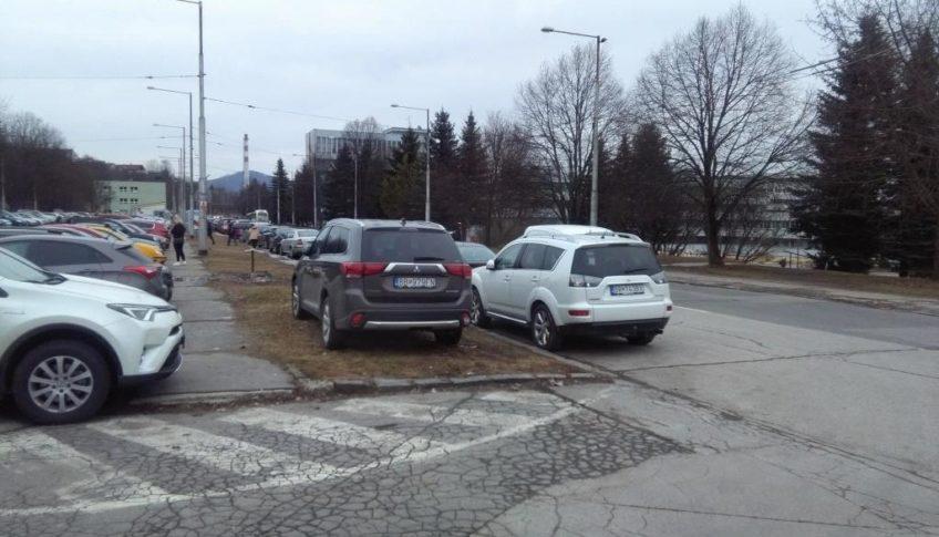 parkovanie pri rooseveltke