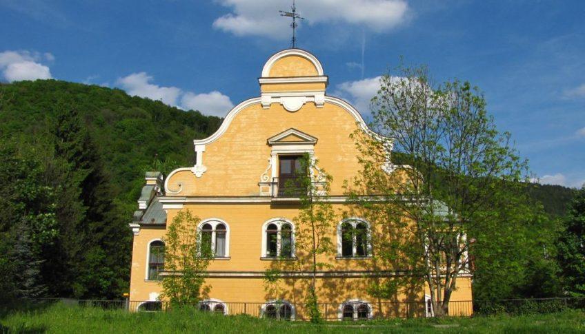 tihanyiovsky-kastiel