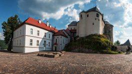 Koncert Slavonic duo Spievajúce múry na Ľupčianskom hrade