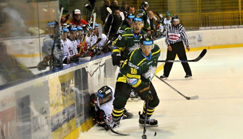 SR hokej TL 11. kolo dohrávka Žilina B. Bystrica ZAX