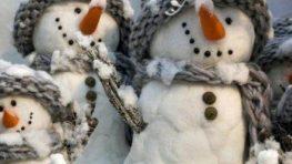 Všetkým ľuďom dobrej vôle želáme krásne a pokojné Vianoce