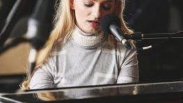 Vianočný koncert zaujímavej Kataríny Málikovej v Divadle Štúdio tanca