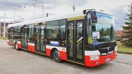 Dopravný podnik mesta testuje duobusy na trasách, kde končia trolejové vedenia