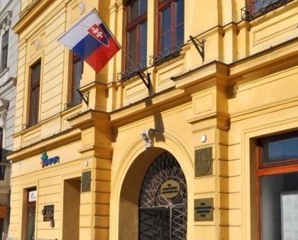 vlajka po 14. marci 2014