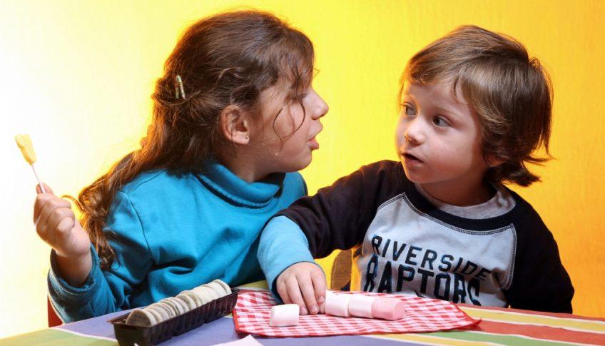 deti so sladkostami 2-1