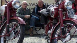 Ôsmy  zraz motocyklov JAWA PÉRÁK 3. júna 2018 je venovaný  Eduardovi Turcerovi