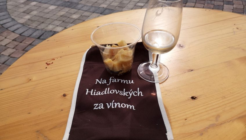 Na farmu Hiadlovskych za vinom