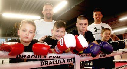 Piperek_Moravčík s deťmi v ringu