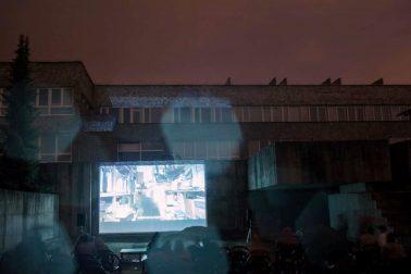 kino v bazene 01