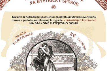 Rómeo_a_Júlia_na_bystricaký_spôsob_fotenie_v_historických_kostýmoch_na_balkóne_v_MD