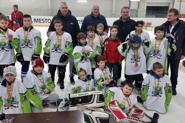 mladi hokejisti