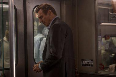 Muz vo vlaku