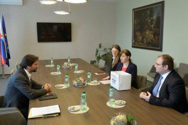 minister s predstavitelmi krestanskeho fora