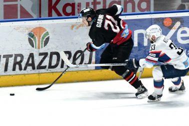 SR hokej TL 46. kolo Nitra Banská Bystrica NRX
