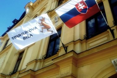 vlajky máj 2014