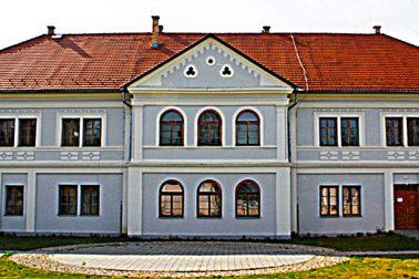 nova budova gymnazia