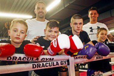 mladi bojovnici