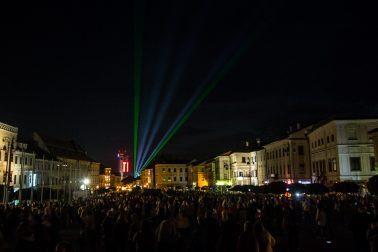 FST_2017 lasery nad mestom