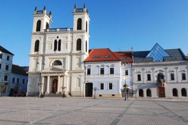 katedrala-sv.-frantiska-xaverskeho