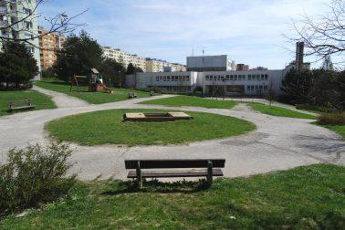 Prezentácia vnútroblok Tatranská-Sitnianska-page-003