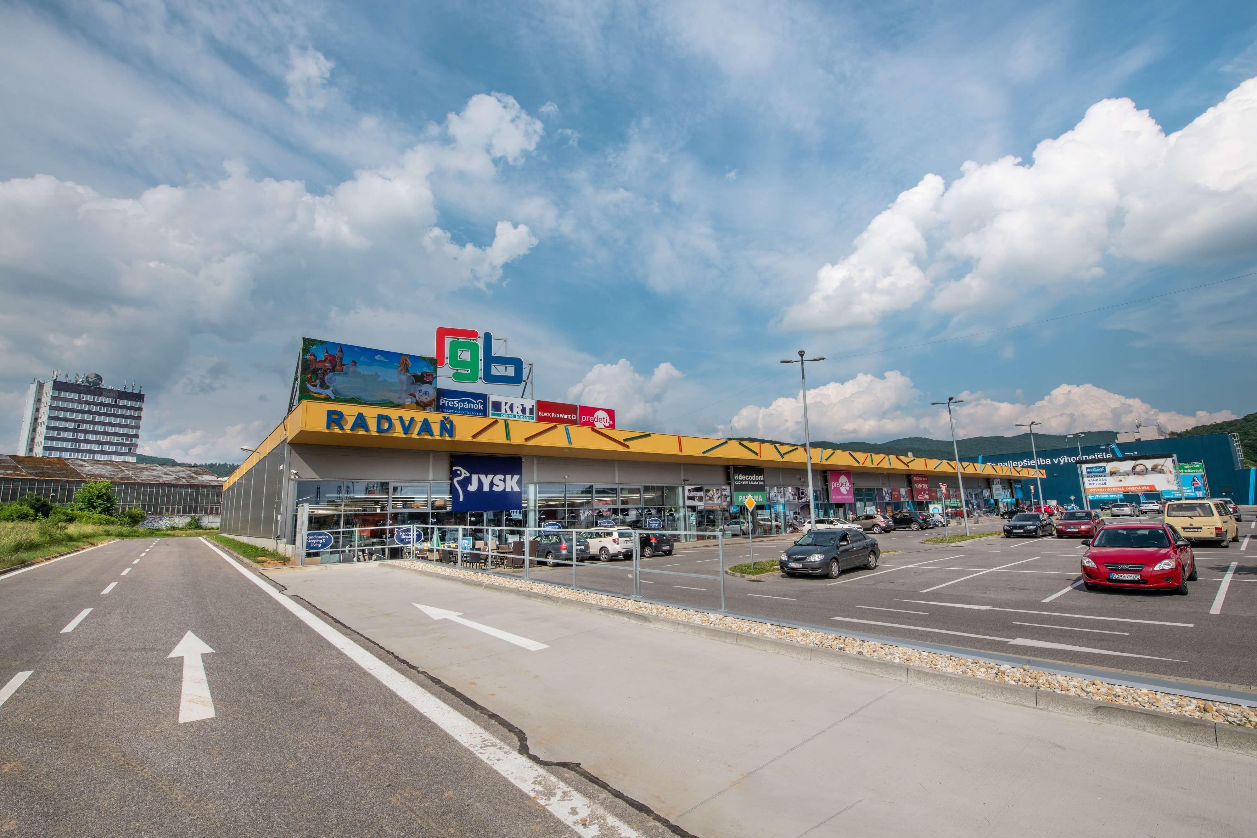 80c761dd3810 ASKO – NÁBYTOK začal s výstavbou novej predajne v Banskej Bystrici