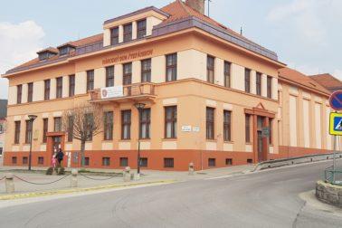 1 narodny dom stefanikov