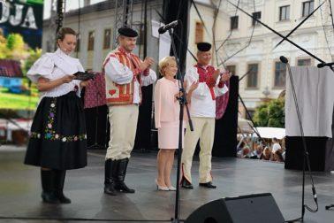 slovensky den kroja