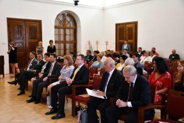 Konferencia Slovenské národnostné školstvo a zachovanie národnostného povedomia v krajinách strednej, južnej a východnej Európy.