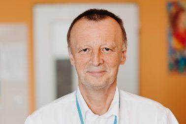 Primár Onkochirurgického oddelenia Mammacentra sv. Agáty Svet zdravia v Banskej Bystrici MUDr. Ivan Turčan sa stal najlepším lekárom vo svojom medicínskom odbore. (2)