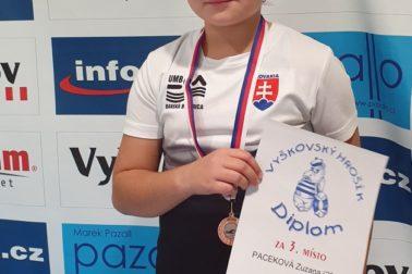bronzová Zuzana Paceková