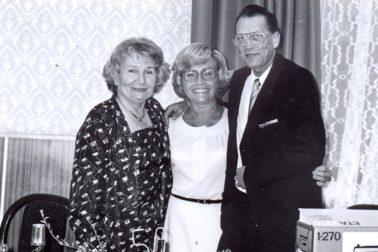 Darina Nábělková (vľavo) so zdravotnou sestrou Editou Laiferovou a chirurgom Bohumilom Písečným