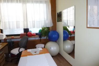 P1010154 Tu sa robila reflexná masáž a cvičilo sa