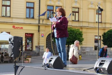 beata hirt za slusne slovensko