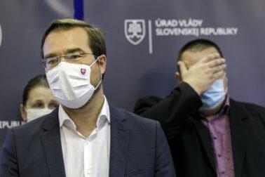 Marek Krajèí  Ján Mikas
