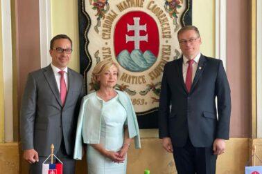 Zľava Erik Tomáš, Ľubica Laššáková a Marián Gešper