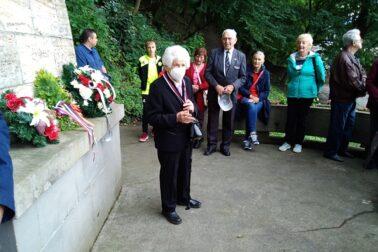 4. Pani Eva Holéczyová, v pozadí bývalý podpredseda oblastného SZPB Matej Kán