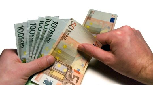 Platne peniaze v cechach