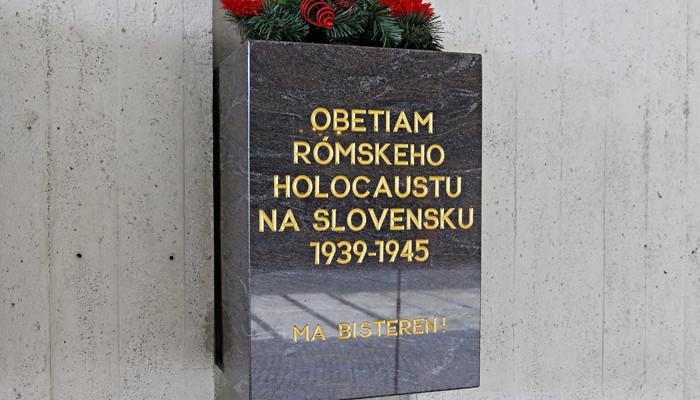 Rómsky holocaust (1)