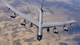 V stredu  priletí na Sliač legendárny obor B – 52