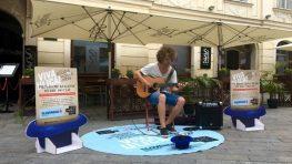 Skvelý bystrický gitarista Dávid Bílek víťazom projektu Viva Ulica!