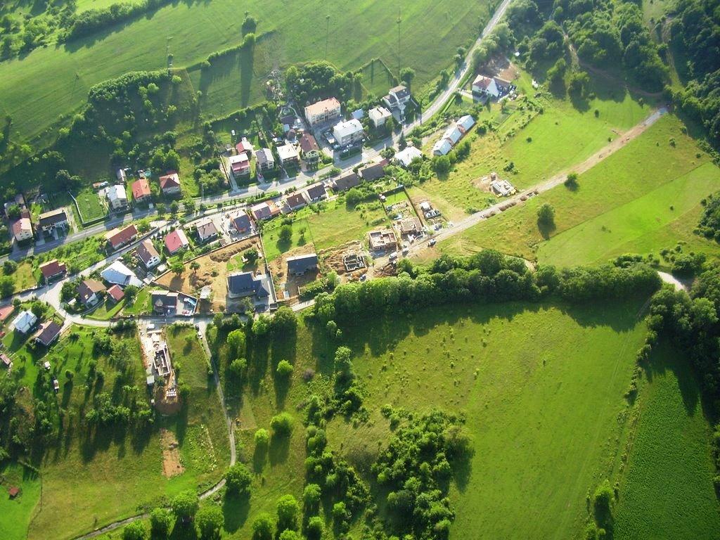 Neďaleko Banskej Bystrice v obci Horná Mičiná sa ani v horúcom lete život  nezastavil. Popri kultúrnych podujatiach ako Mičinský pitvor e29541b2fbc