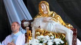 Celé Slovensko slávi sviatok Sedembolestnej Panny Márie
