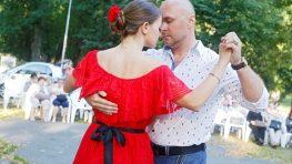 FOTO: Mestský park žil argentínskym tangom