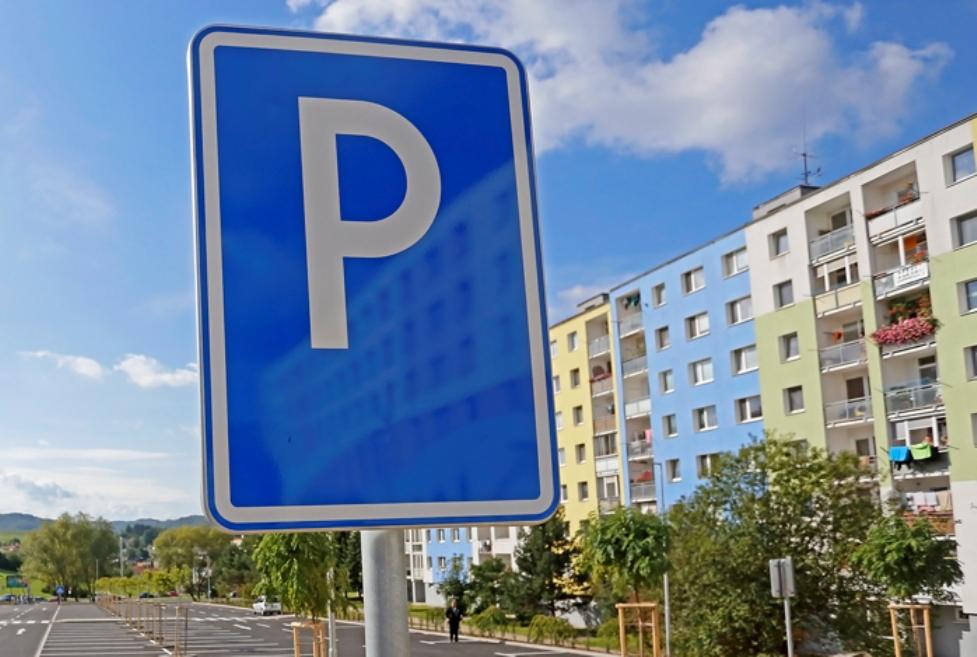 eab81e8f0b Azda najdôležitejšou investíciou na najväčšom banskobystrickom sídlisku  Rudlová – Sásová v nasledujúcom období bude vybudovanie štyroch parkovísk s  ...