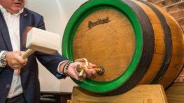 Exkluzívny pivný zážitok: Pilsner Urquell prinesie do Banskej Bystrice nefilter z dubového suda