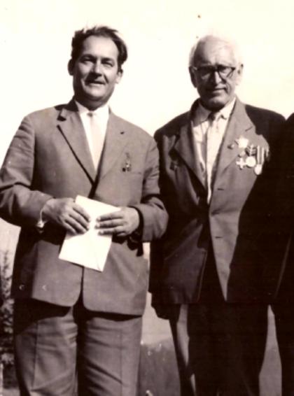 11 S hrdinom Sovietskeho zväzu A. S. Jegorovom 1965