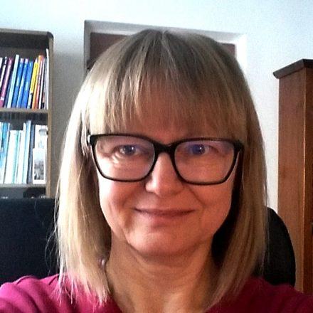 Marta Medzihradská