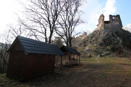 hrad_Sasov