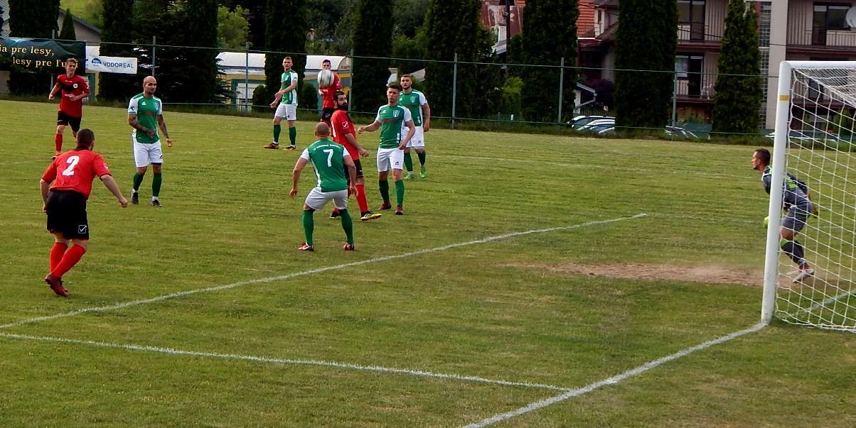 fc904072605d6 V poslednom kole štvrtej futbalovej ligy sa hralo už v sobotu okresné derby  v Medzibrode. Zvládli ho lepšie Badínčania, vyhrali tam 3:0.